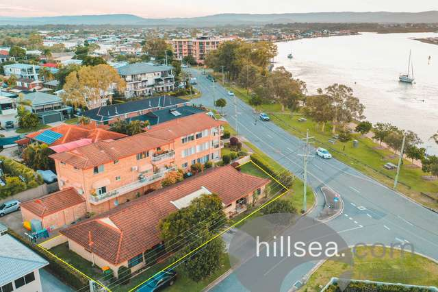2/36 Killowill Avenue, Paradise Point QLD 4216