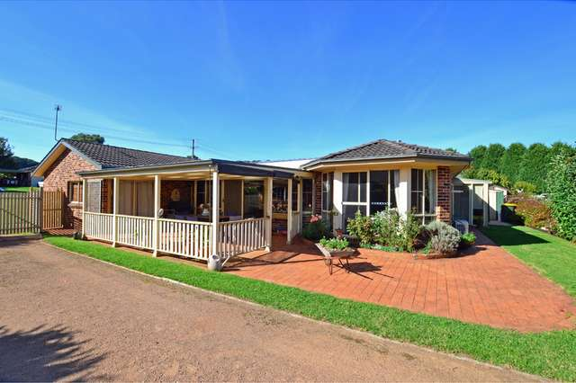 6 Shackleton Street, Robertson NSW 2577