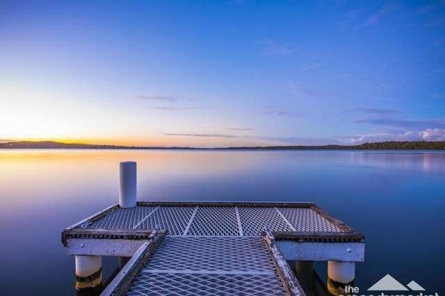 2 Bambury Avenue, Summerland Point NSW 2259