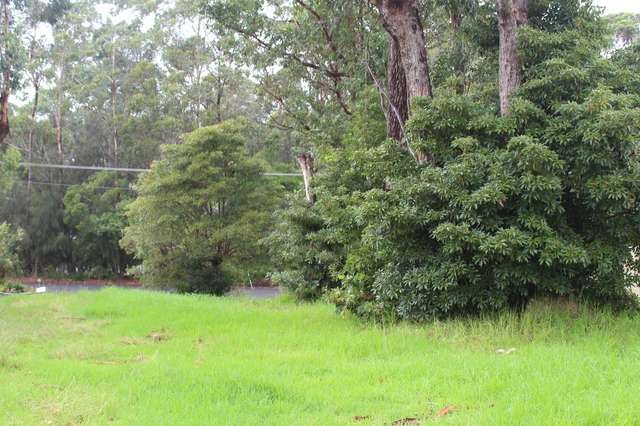 49 River Road, Lake Tabourie NSW 2539