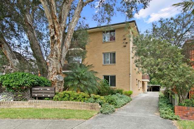 1/6 Grafton Crescent, Dee Why NSW 2099