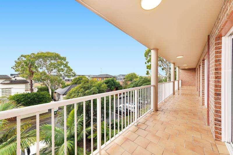 Main view of Homely apartment listing, 9/28-32 Boronia Street, Kensington, NSW 2033