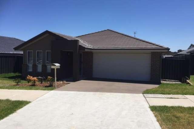 22 Creswell, Wadalba NSW 2259