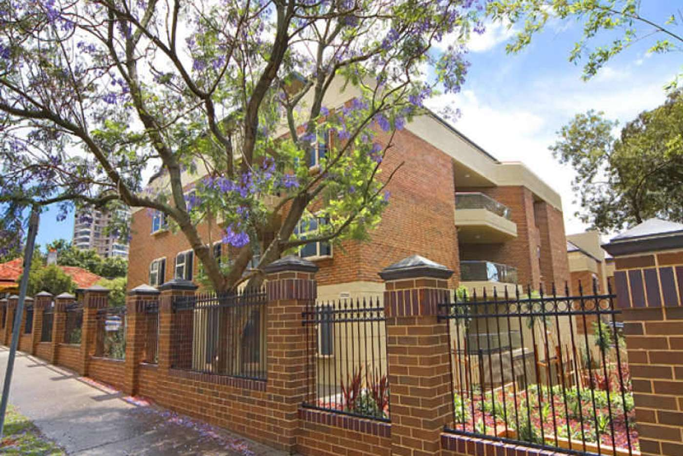 Main view of Homely unit listing, 11/21-31 Young Street, Neutral Bay NSW 2089