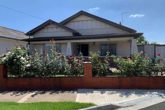 13 Elgin Street, Pascoe Vale South VIC 3044