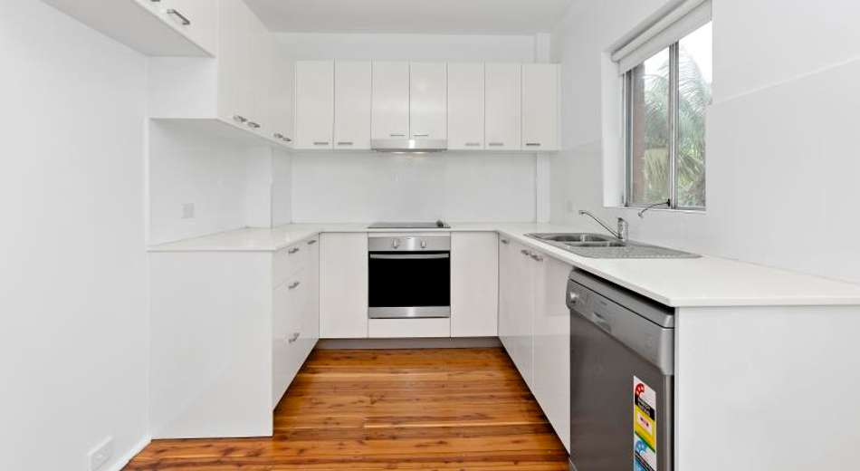 2&4/41 Mitchell Street, Chifley NSW 2036