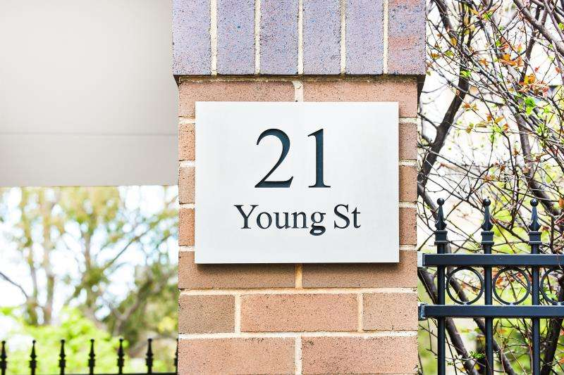 Main view of Homely unit listing, 6/21 Young Street, Neutral Bay, NSW 2089