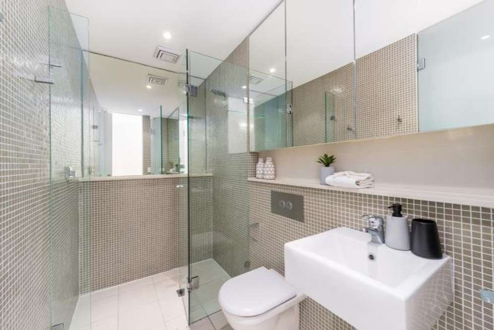 Third view of Homely apartment listing, 15/7-9 Alison Road, Kensington NSW 2033