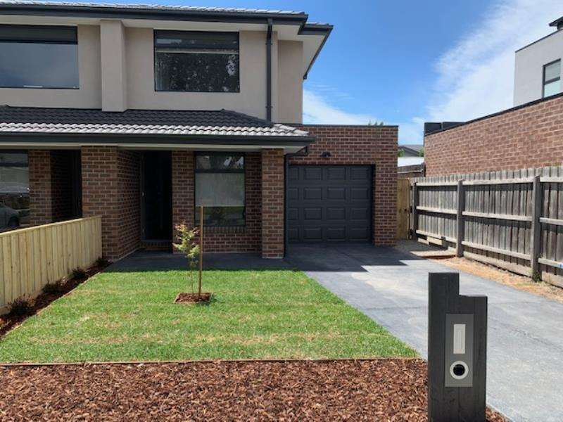 Main view of Homely townhouse listing, 2B Julis Street, Bentleigh East, VIC 3165