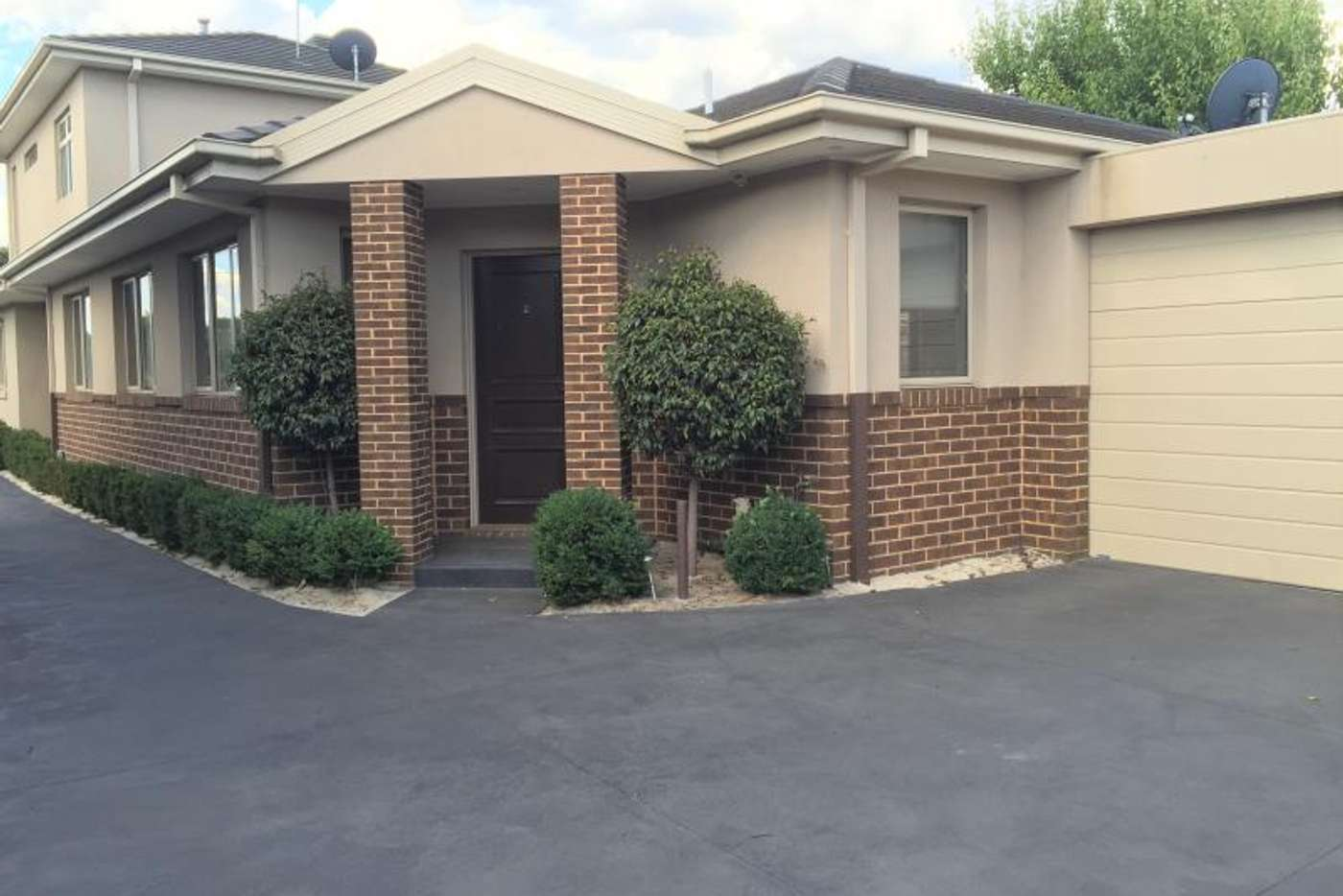 Main view of Homely unit listing, 2/25 Coorigil Road, Carnegie VIC 3163