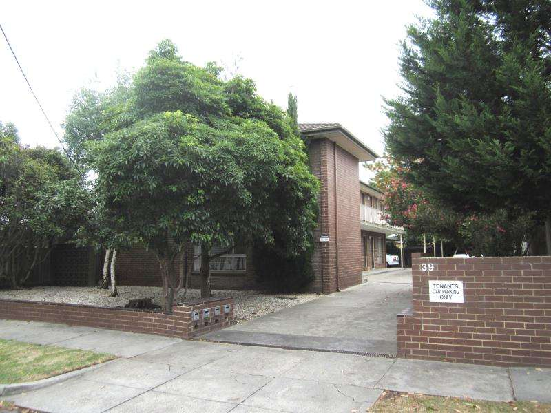 Main view of Homely apartment listing, 3/39 Elliott Avenue, Carnegie, VIC 3163