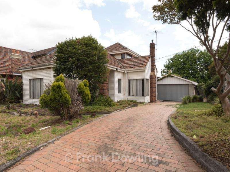 Main view of Homely house listing, 15 Noble Street, Strathmore, VIC 3041