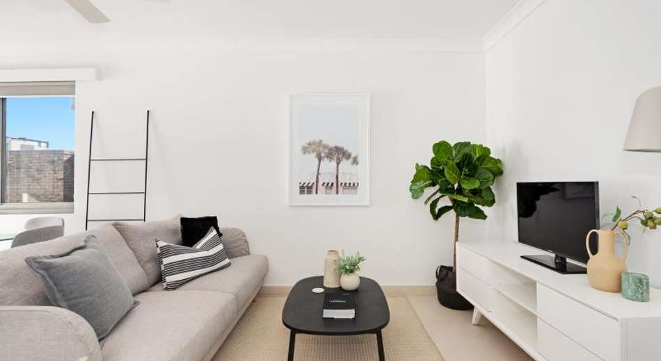 2 Bed /32-34 Perouse Road, Randwick NSW 2031