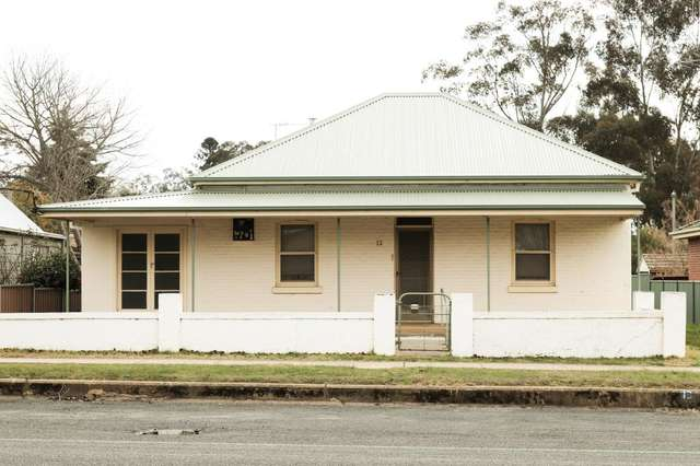 13 WOMBAT STREET, Young NSW 2594