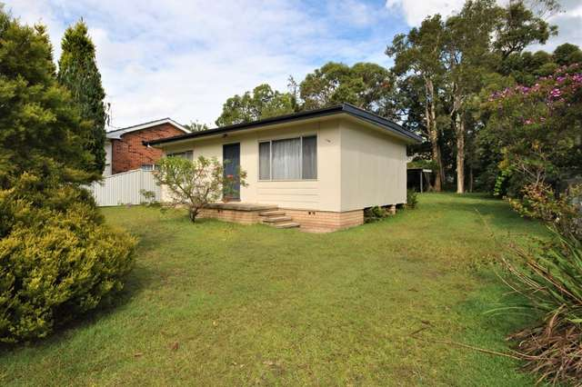 108 Cams Boulevarde, Summerland Point NSW 2259