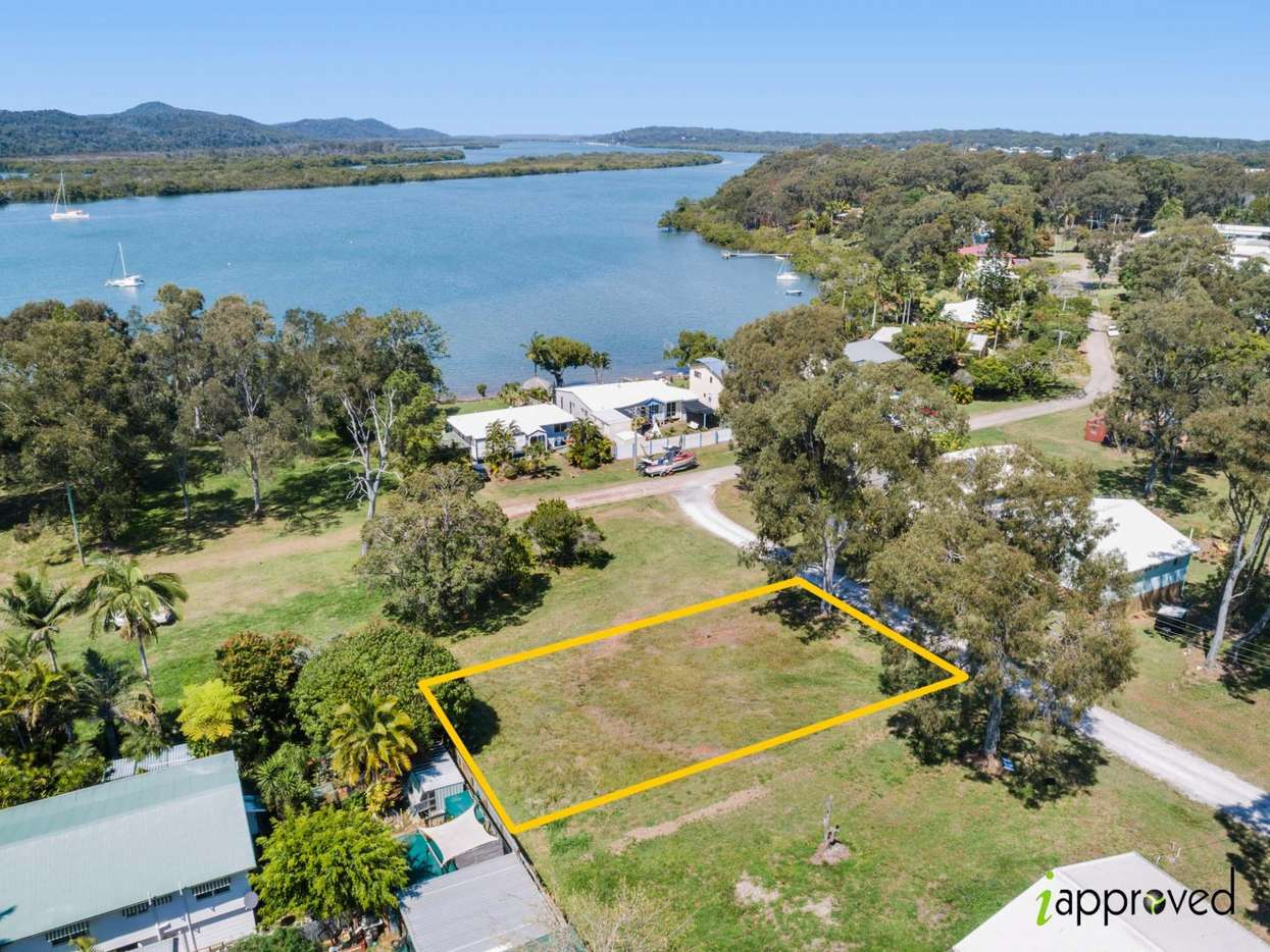 Main view of Homely  listing, 37 Zephyr Street, Russell Island, QLD 4184