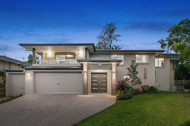8 Aruma Street, Holland Park West QLD 4121