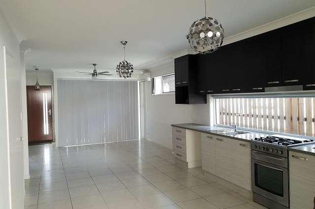 6 Hinchinbrook Avenue, Fitzgibbon QLD 4018