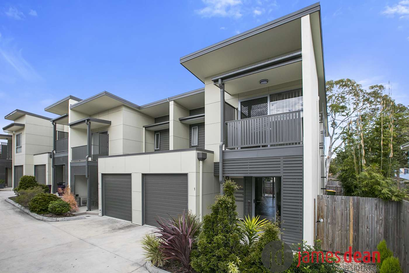 Main view of Homely townhouse listing, 1/62-64 Valantine Road, Birkdale QLD 4159