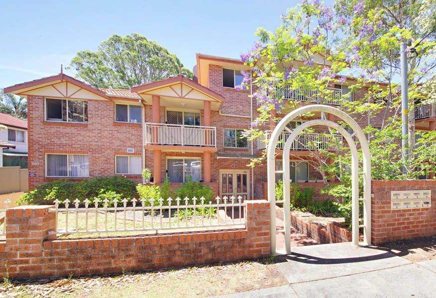 Main view of Homely unit listing, 2/91-95 Stapleton Street, Pendle Hill, NSW 2145