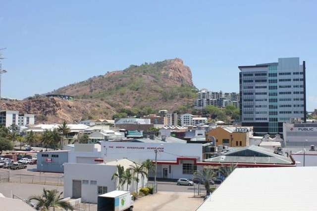40/8-32 Stanley Street, Townsville City QLD 4810