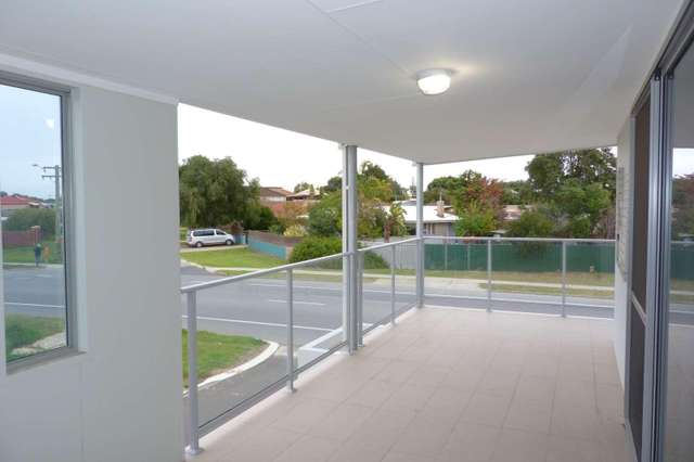 2/128 Safety Bay Road