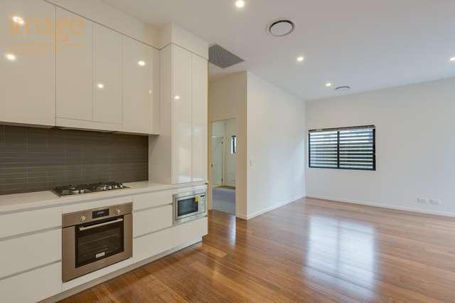 2/158 Norman Avenue, Norman Park QLD 4170
