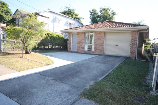 96 Macrossan Avenue, Norman Park QLD 4170