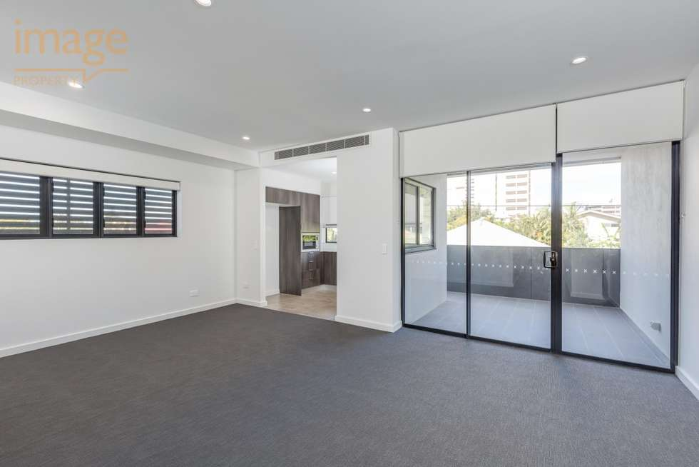 Second view of Homely unit listing, 302/24 Bromley Street, Kangaroo Point QLD 4169