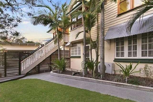 2/24 Brinawa Street, Camp Hill QLD 4152