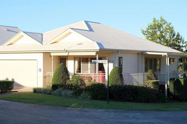 26 Leicester Square (Golden Crest Manors), Highland Park QLD 4211