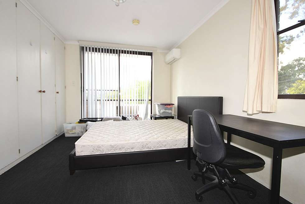 Second view of Homely unit listing, 4/114 Carmody Rd, St Lucia QLD 4067