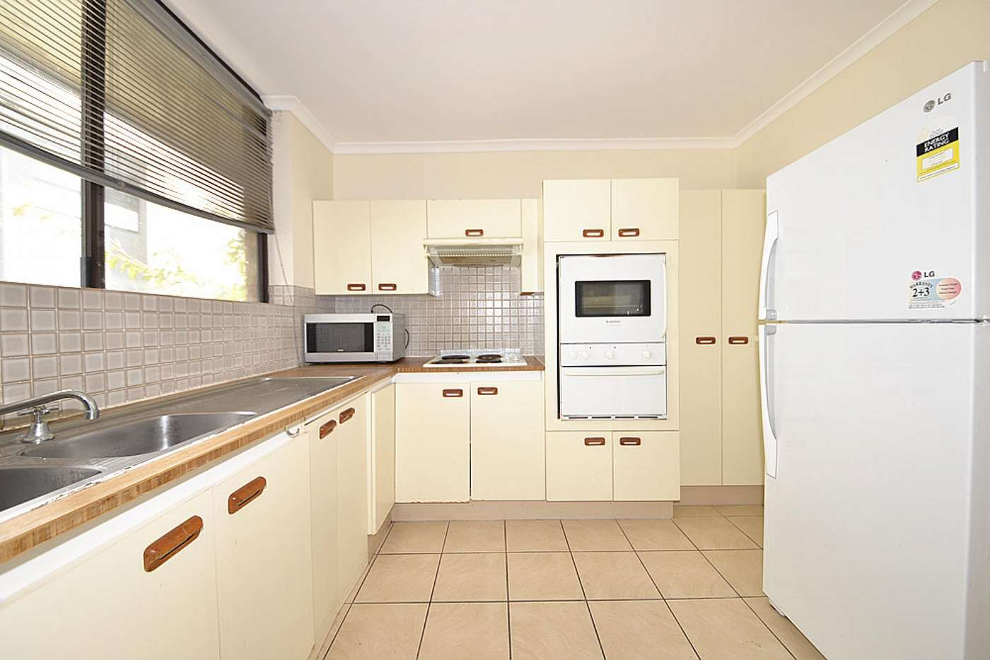 Sixth view of Homely unit listing, 4/114 Carmody Rd, St Lucia QLD 4067