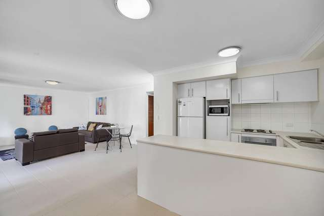 38/300 Sir Fred Schonell Drive, St Lucia QLD 4067