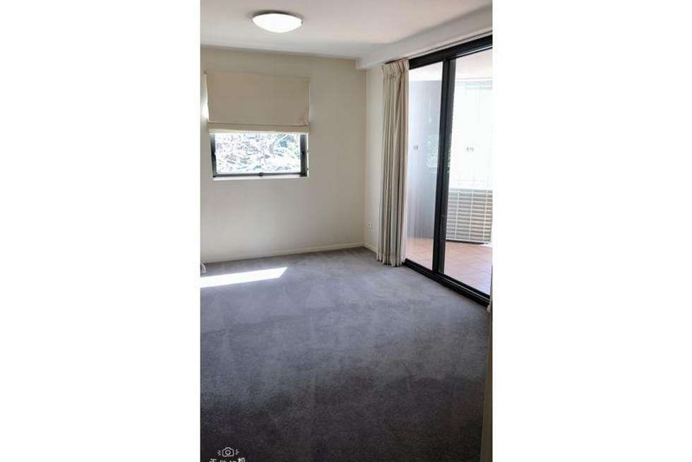 Third view of Homely apartment listing, 5 Chasely Street, Auchenflower QLD 4066