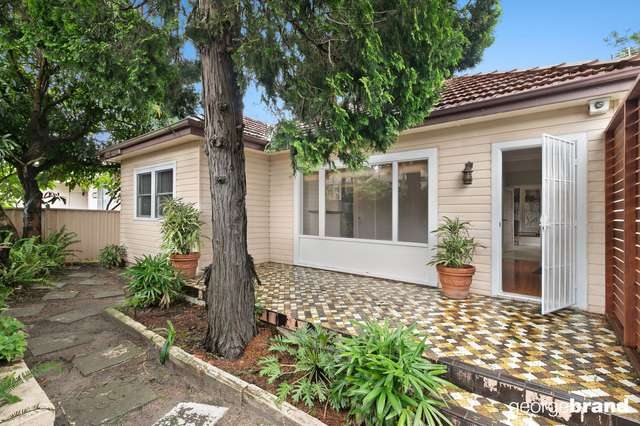 54 George Street, East Gosford NSW 2250