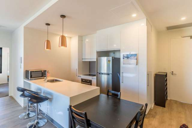 ID:3890142/133 Scarborough Street, Southport QLD 4215