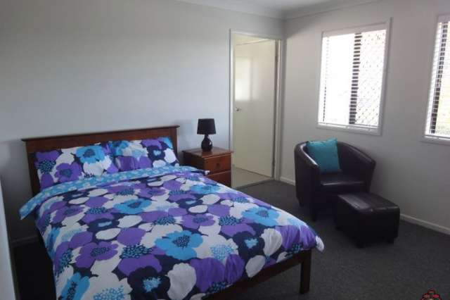 Room 2  16 Cricket Street, Coopers Plains QLD 4108