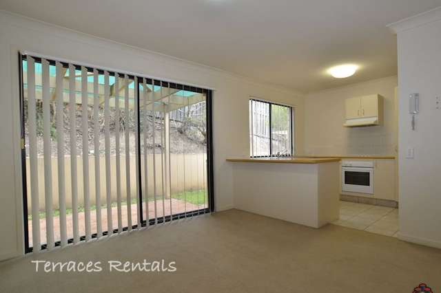ID:3906712/24 Amsonia Court, Arundel QLD 4214