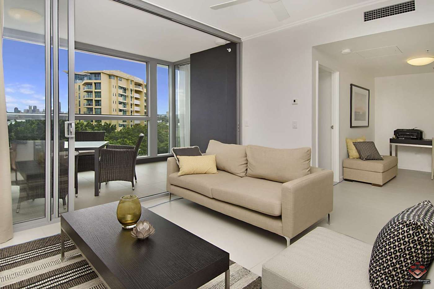 Main view of Homely apartment listing, ID:3907230/ 2 Harbour, Hamilton QLD 4007