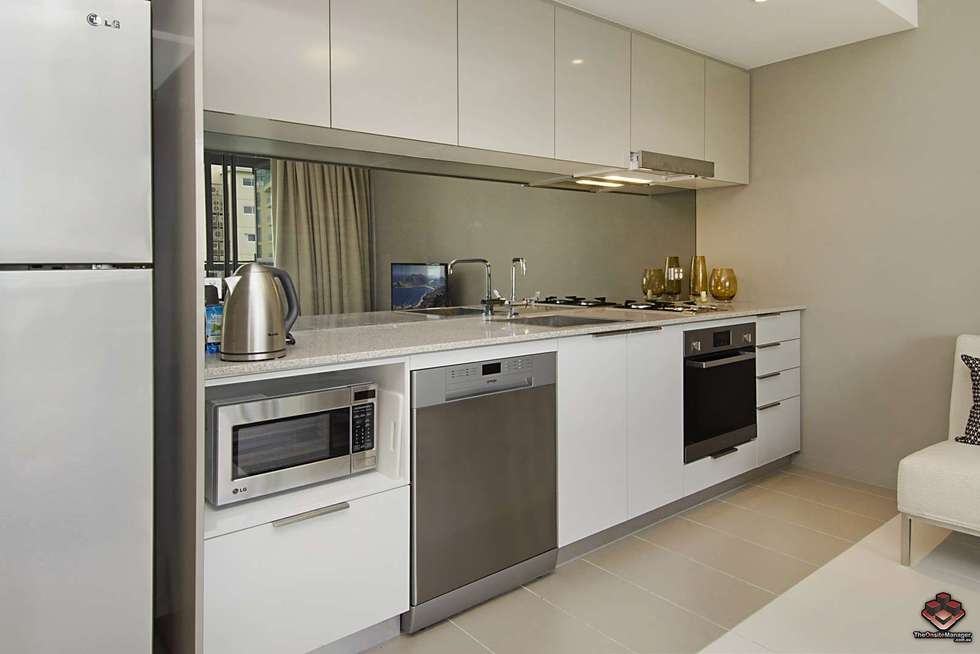Fourth view of Homely apartment listing, ID:3907230/ 2 Harbour, Hamilton QLD 4007