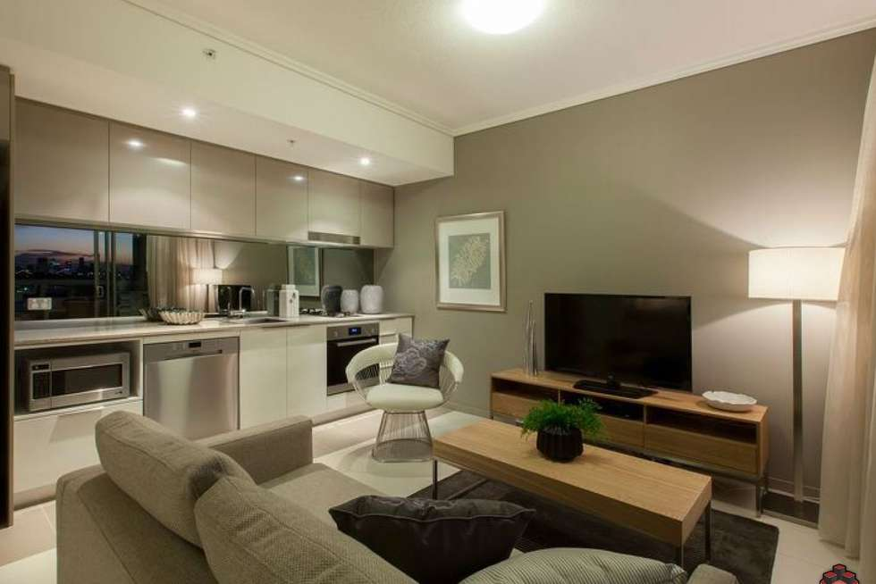 Second view of Homely apartment listing, ID:3916102/ 2 Harbour Road, Hamilton QLD 4007
