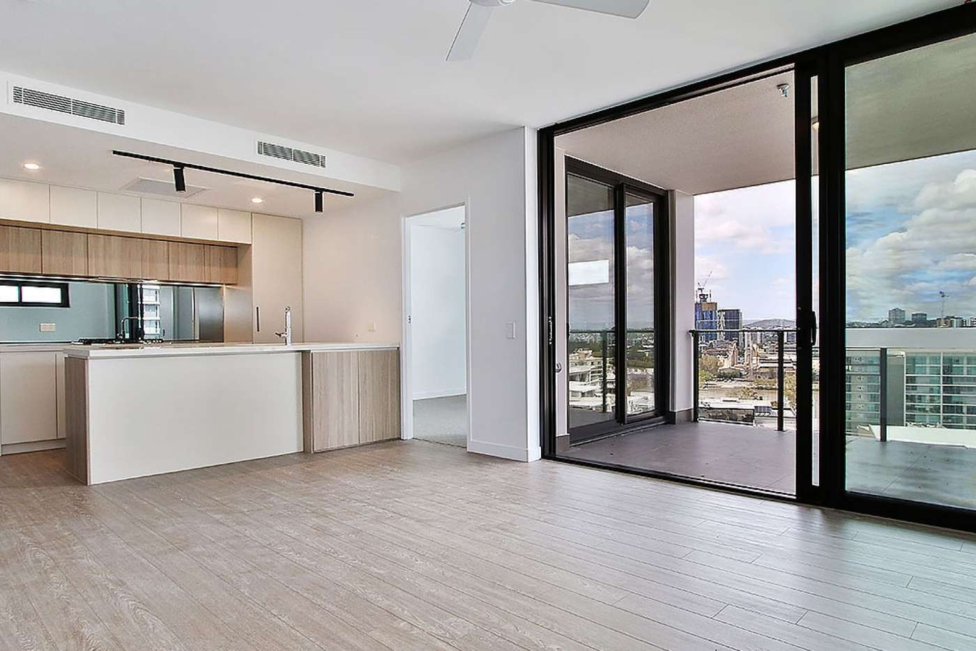Main view of Homely apartment listing, ID:3917729/19 Railway Terrace, Milton QLD 4064