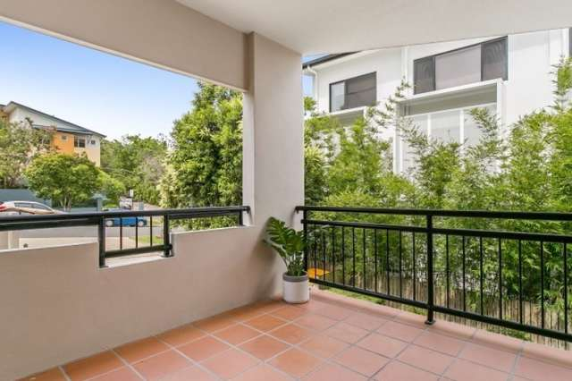 ID:21069578/2 Laurence Street, St Lucia QLD 4067