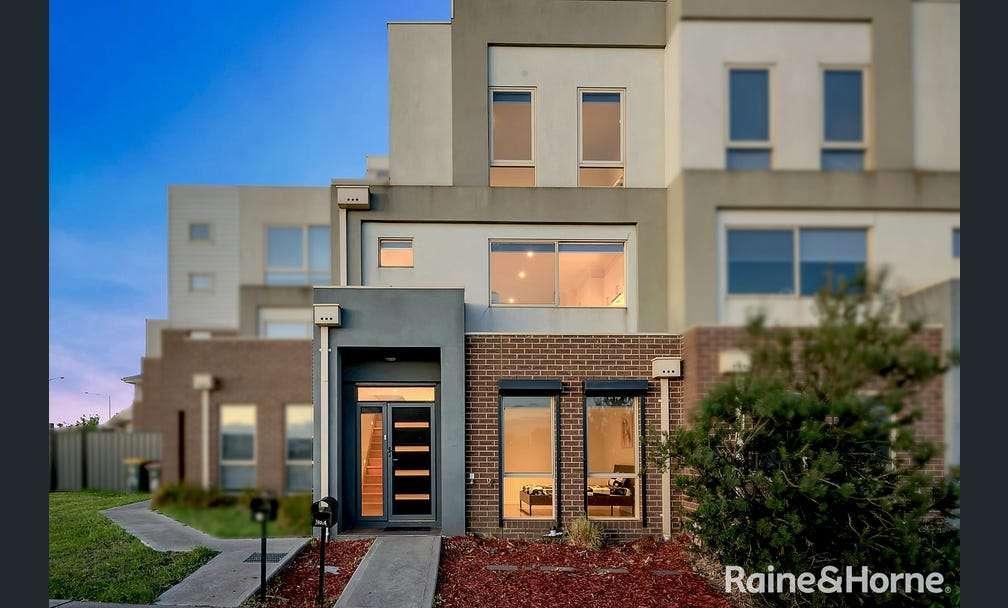 Main view of Homely house listing, 4/62 Marathon Boulevard, Craigieburn, VIC 3064