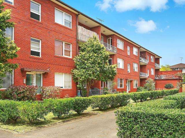 Main view of Homely apartment listing, 15/39 Banks Street, Monterey, NSW 2217