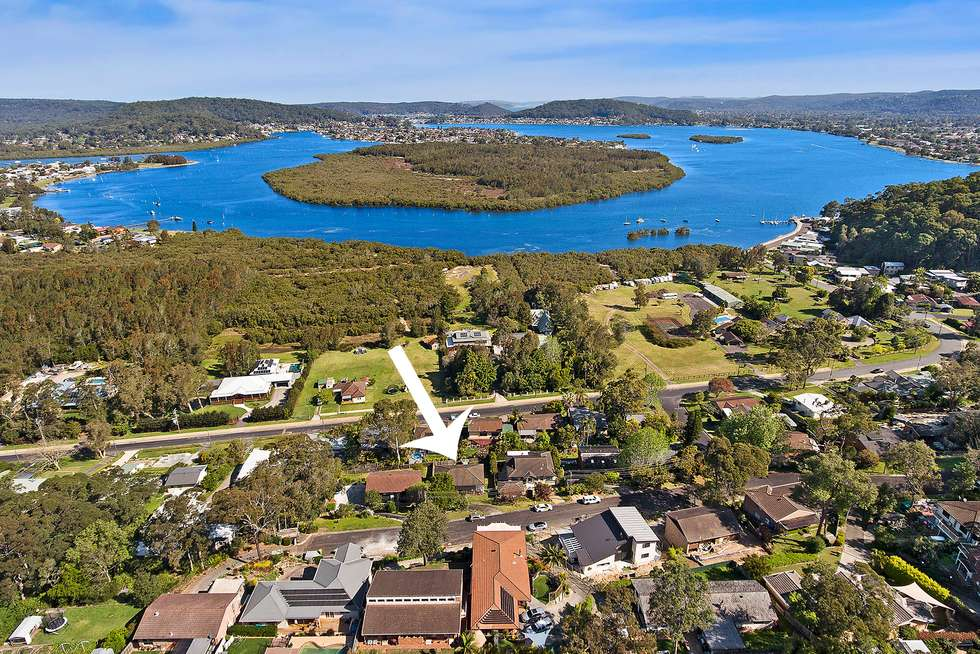 Second view of Homely house listing, 34 Treeview Place, Saratoga NSW 2251