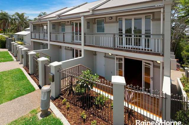 2/88 Ryans Road, St Lucia QLD 4067