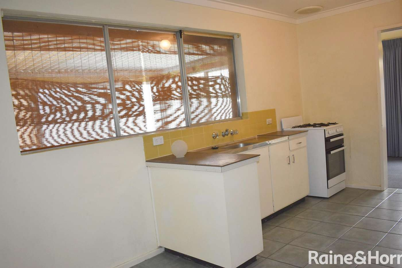 Sixth view of Homely house listing, 39 Currie Street, Warnbro WA 6169
