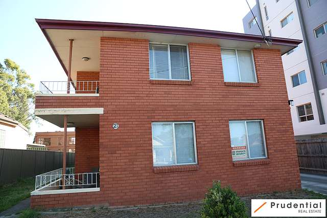 5/21 Warby St, Campbelltown NSW 2560